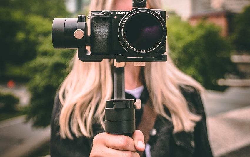 How to go live on social media | Lasso Blog